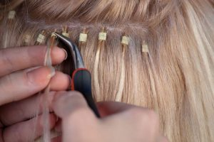 Hajhosszabbítás mikrogyűrűvel. Sérült, igénybevett haj? Póthaj a megoldás!