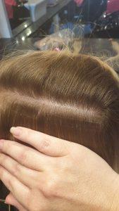 Láthatatlan tape-in hajhosszabbítás