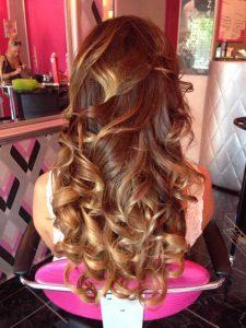 Természetes tincses hajhosszabbítás